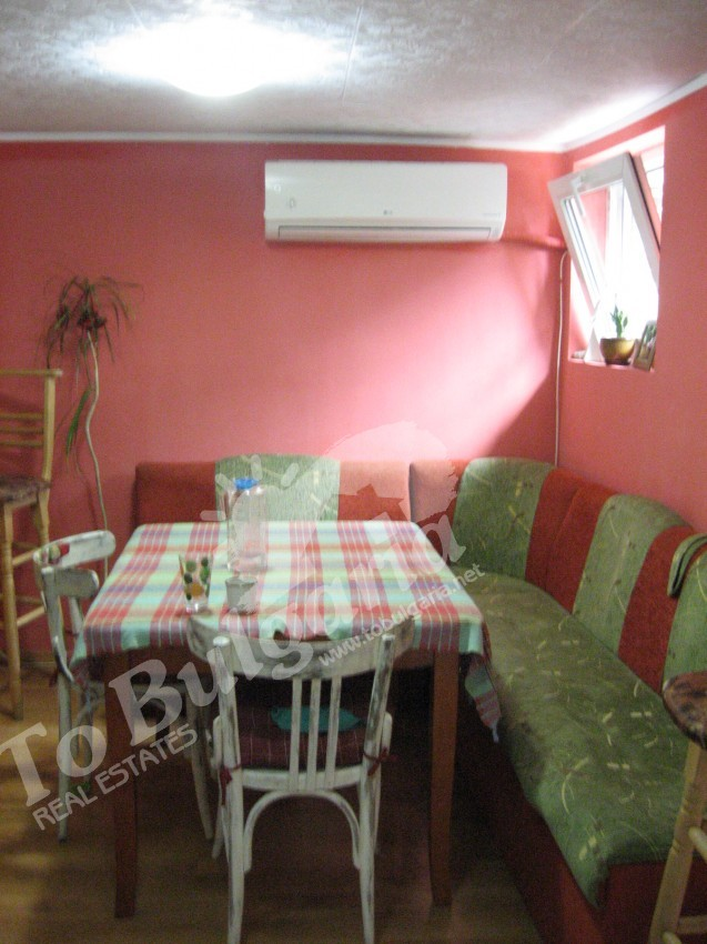 We present to you two room renovated house with panoramic view ...
