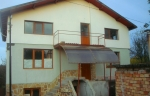 Two storey solid house in a very good condition, situated in the village of Hotnitsa