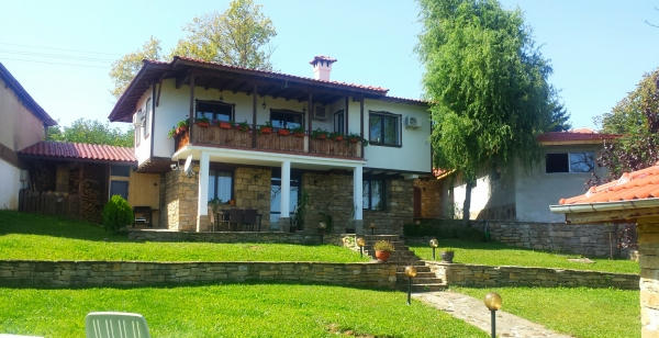 Two storey luxurious house in the village of Kereka, 20km away of Veliko Tarnovo